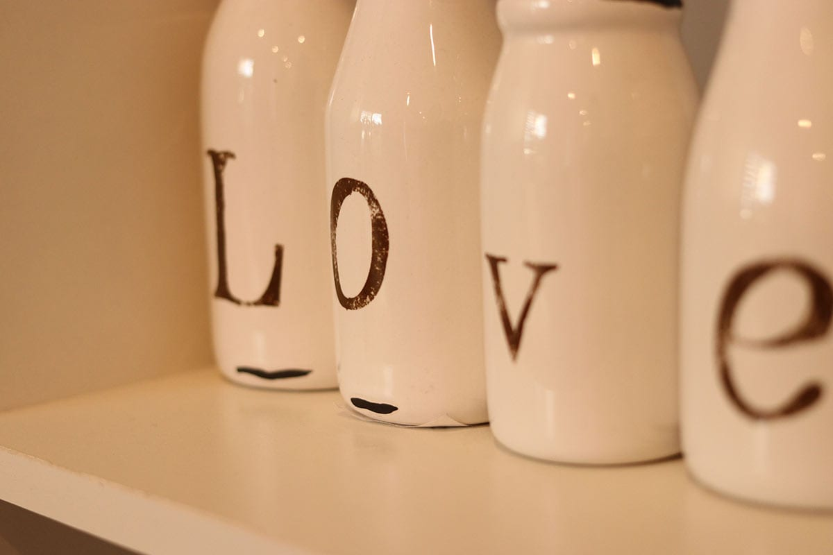 hearts-dental-practice-interior-bottle